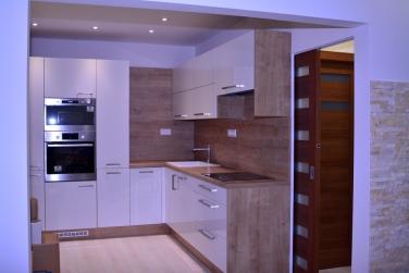Kuchyňa na mieru, posuvné dvere