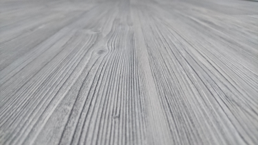 Pokládka laminátovej podlahy v rodinnom dome