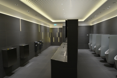 Inšpirácia z Nemecka - LED podsvietenie verejné WC