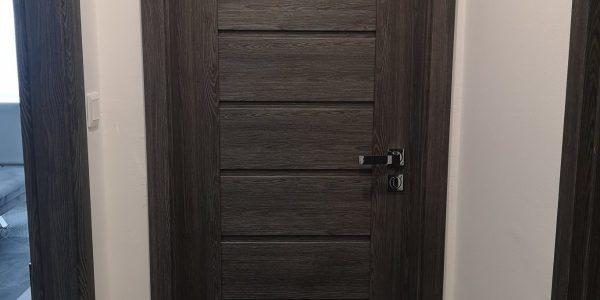 Interiérové dvere, rámové dvere, kľučka, sivé dvere, erkado, milla, jaseň grafit