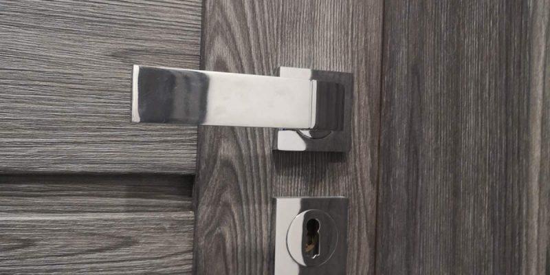 Interiérové dvere, rámové dvere, kľučka, sivé dvere, erkado, milla, jaseň grafit, focus