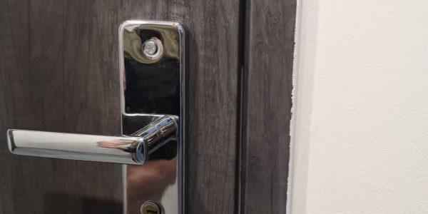 vchodové dvere, bezpečnostné dvere sofia, dvere_bytové, dvere RC2 kľučka