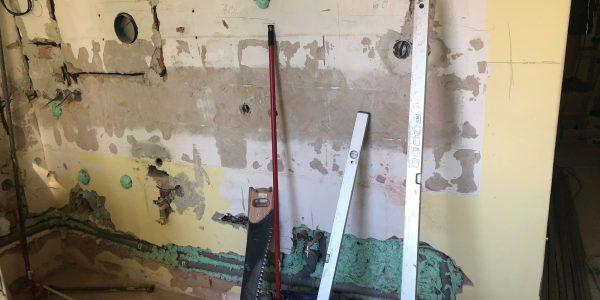 Rekonštrukcia kúpeľne, REKOMPLETT Trnava, dvere, podlahy, dlažba