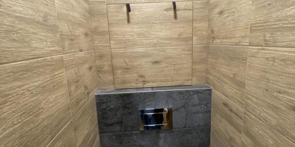 Rekonštrukcia kuchyne, prerábka bytu REKOMPLETT Trnava, dvere, podlahy, dlažba, sprchový kút