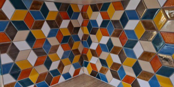 kuchynská zástena, realizácie, dokončenie rodinného domu, dodávka a montáž, podlahy, interiérové dvere, kuchynská linka, kúpeľňové skrinky, obklad, dlažby, Rekomplett Trnava