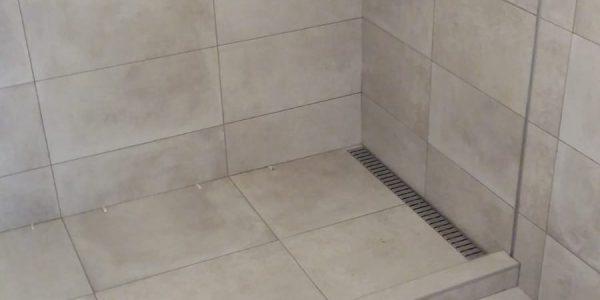 obkladanie, obklady, kupelna, rekonštrukcie, prerábky, rekomplett, trnava, toaleta, sprchový kút